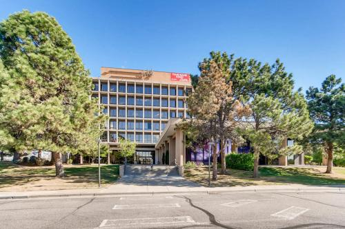 4704-Harlan-Street-Denver-CO-large-007-8-Exterior-1500x1000-72dpi