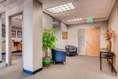 4704-Harlan-Street-Denver-CO-large-018-32-Reception-Area-1500x1000-72dpi