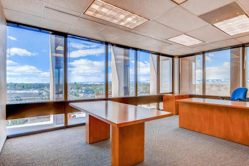 4704-Harlan-Street-Denver-CO-large-024-18-Office-1500x1000-72dpi