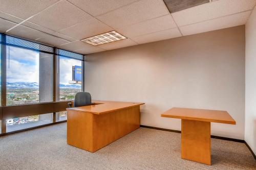 4704-Harlan-Street-Denver-CO-large-027-11-Office-1500x1000-72dpi