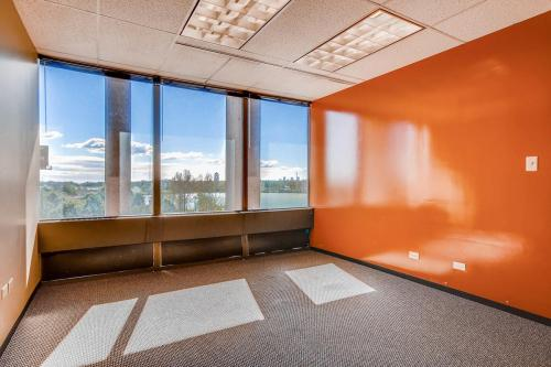 4704-Harlan-Street-Denver-CO-large-028-27-Office-1500x1000-72dpi